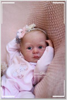 Wiedergeborene Babys, Reborn Baby Dolls, Vinyl, Beautiful Things, Bebe, Lifelike Dolls, Baby Dolls, Flannel, Eyes