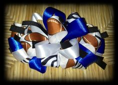 Loopy bow with footballs