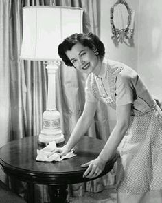 The 1950s Housewife......DUSTING - NOT MY FAVORITE THING. B.