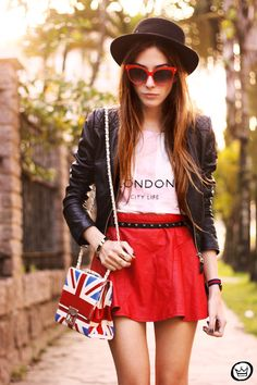 Look Du Jour: London City Life ( Hats & Sunglasses )