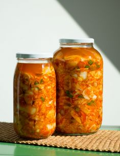 Korean Food, Kimchi, Salsa, Vegan Recipes, Food And Drink, Mexican, Mint, Jar, Drinks