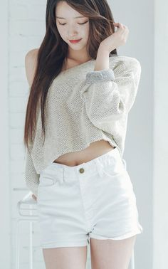 Feel free to request any ulzzang or model, icon and header too Ulzzang Fashion, Asian Fashion, Girl Fashion, Fashion Outfits, Moda Ulzzang, Ulzzang Girl, Cute Korean, Beautiful Asian Women, Korean Outfits