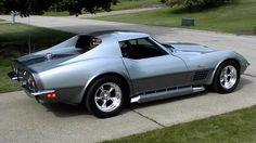 1970 Corvette. This is one of my favorite vette body styles. Love the bulging hood
