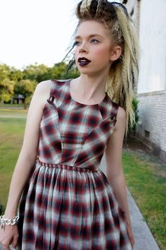 Bunny Meyer, a.k.a. grav3yardgirl on youtube is lookin' SO SASSY!