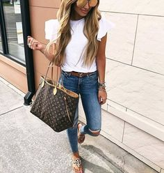 30 Casual Summer Outfits With Jeans You Should Copy 2019 – Sommer Garten Hochzeits Kleider Outfit Jeans, Casual Jeans Outfit Summer, Casual Outfits, Outfits Juvenil, Mode Outfits, Fashion Outfits, Fashion Clothes, Jeans Azul, Blue Jeans