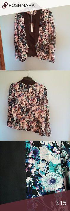 Floral blazer Super cute flora blazer Jackets & Coats Blazers