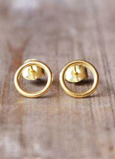 Webshop MHOOM Amsterdam | Fashion | Sieraden | TAJ | Stud Bourbon Orleans: Nola (gold plated)