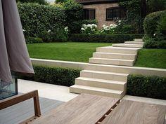Traditional Garden Design Crouch End Garden Privacy, Garden Trellis, Garden Landscaping, Traditional Landscape, Contemporary Landscape, Contemporary Gardens, Contemporary Decor, Garden Steps, Lawn And Garden