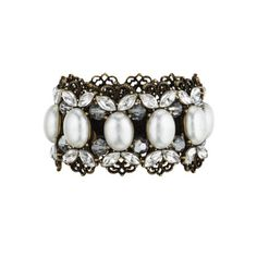 Filigree + Pearl Stretch Bracelet - Would look so great for all the upcoming holiday parties!