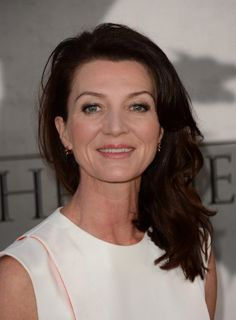 Michelle Fairley at event of Game of Thrones (2011)