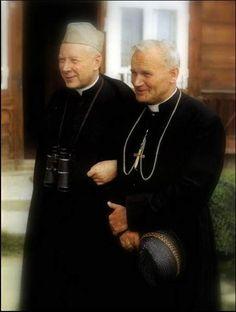 With Cardinal Wyszynski of Poland 🇵🇱 Catholic Priest, Catholic Art, Catholic Saints, Roman Catholic, Pope Of Rome, Pape Jeans, Pope John Paul Ii, Paul 2, Papa Juan Pablo Ii