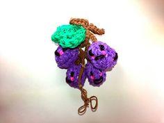 3-D Happy Grapes Tutorial by feelinspiffy (Rainbow Loom) - http://rainbowloomsale.com/3-d-happy-grapes-tutorial-by-feelinspiffy-rainbow-loom/