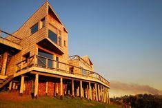 Galería de Casa Muelle / Jonás Retamal - 1 Chile, South America, Exterior, Cabin, Mansions, Architecture, House Styles, Grande, Home Decor