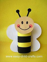 Bee made using a toilet roll tube (I prefer to use paper towel rolls cut to the sizes I need - I have also used double thickness construction paper in a pinch).