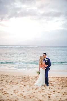 Oceanfront Maui wedding: Photography: Love and Water - https://www.lovewaterphoto.com/