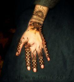 #mehandidesigns2014 #latestmehandidesigns #mehndidesign2014 #latestmehndidesigns2014 #Pakistanimehndidesigns #bridalmehndi