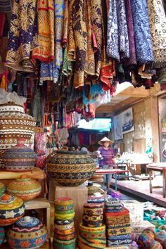 Souvenir market bali
