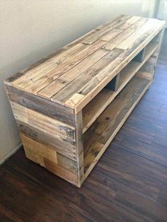 pallet side table or tv stand