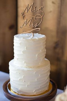 60 elegant wedding cake ideas 31