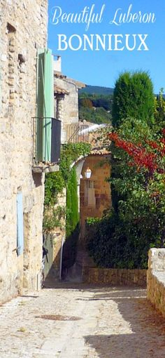 The old village of Bonnieux in the Luberon (Provence). #Bonnieux #Provence #Vaucluse #Luberon