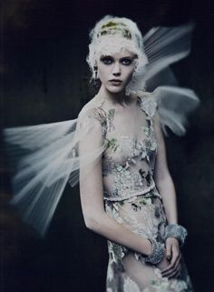 Vogue Italia Couture Editorial The Haute Couture, September 2011 Shot #15 LORI