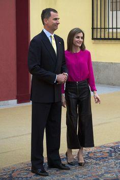 Queen Letizia of Spain Photos - Spanish Royals Meet Princess of Asturias Foundation - Zimbio
