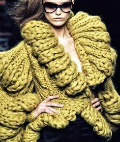 Exercice de Style: Crazy chunky knit