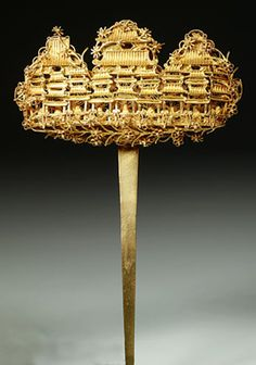 """Gold filigree Qing Dynasty hairpin from """"The Creative Museum"""""""
