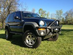 "lifted jeep liberty | Jeep Liberty with 6"" lift kit and 4xGuard rock armor"
