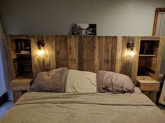 A lavish, royal bed is what you need to have a nice, comfortable sleep all night long. The use of pallet wood is what makes the bed a comfortable and stylish bed.Some very easy and simple steps can be flowed in order to make a stylish bed all by you Bedroom Furniture, Bedroom Decor, Furniture Ideas, Royal Bed, Headboard Designs, Stylish Beds, New Beds, Diy Bed, Headboards For Beds