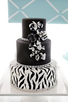 I would LOVE a Rhinstone Zebra Cake... This is love at first sight!