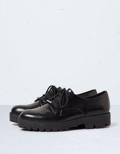 Derbies élégants Bershka - Chaussures plates - Bershka France