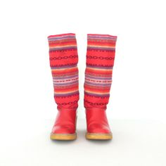 Vintage Chunky Boots * Ethnic Woven Boots * Red Boots * Mid-Calf Boot * size 8