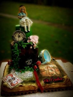 My Alice - by V&S cakes @ CakesDecor.com - cake decorating website