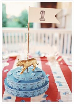 circus-themed centerpiece