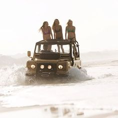 #defender #landrover #landroverdefender #love #girl #girls #defender110 #defender90 #defender130 #defenderseries #4x4 #best4x4xfar #temptation #woman #look #pretty #beautiful #surf #beach #fun #beauty #fashion#style #fashionstyle #fun #sun #greatpic #happiness #attractive #spring #summerfun