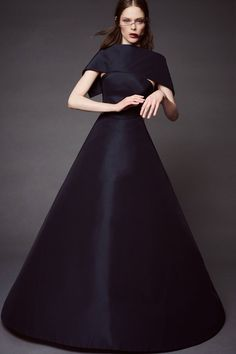Zac Posen Pre-Spring/Summer 2016 collection. Click through to see the full gallery on Vogue.co.uk.