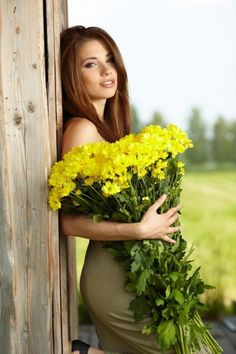 Young Girl With Yellow Flowers Stock Photo - Image of adult, brunette: 19839130 Girls With Flowers, Flowers For You, Yellow Flowers, Most Beautiful Faces, Beautiful Girl Image, Beautiful Flowers, Brunette Beauty, Hair Beauty, Moisturizer For Dry Skin