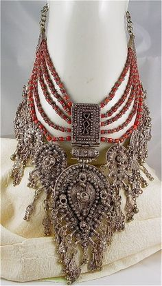"""Antique Silver Filigree Amulet Coral Signed Wedding Necklace Yemen"" Uh yeah I'd wear this everyday! Ancient Jewelry, Antique Jewelry, Silver Filigree, Antique Silver, Fashion Diva Design, Collar Hippie, Maxi Collar, Ideas Joyería, Tribal Fusion"