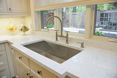 Cambria quartz - Torquay is made to look like Carrara marble