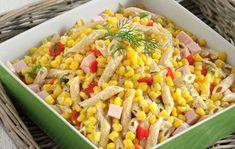 Κρύα σαλάτα με πένες,καλαμπόκι,καπνιστή γαλοπούλα και σως γιαουρτιού. Υλικά : 1 συσκευασία καλαμπόκι «Βιολογικές καλλιέργειες» Μπάρμπα Στάθης (450 γρ.) 1... Cookbook Recipes, Cooking Recipes, Healthy Recipes, Buffet Recipes, Salad Bar, Soup And Salad, Pasta Salad, Greek Recipes, Light Recipes