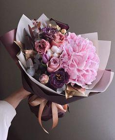 Boquette Flowers, Beautiful Bouquet Of Flowers, Luxury Flowers, Beautiful Flower Arrangements, Flower Boxes, Fresh Flowers, Planting Flowers, Floral Arrangements, Beautiful Flowers