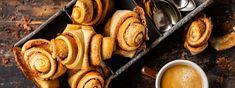 Franzbrötchen - Rezept | Swissmilk Pretzel Bites, French Toast, Bread, Breakfast, Food, Recipes, Food Food, Morning Coffee, Breads