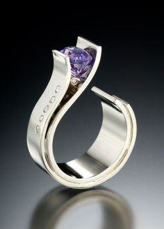 Fiore Ring with Sapphire & Diamonds