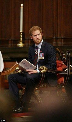 Prince Harry sat at the front of the abbey, listening to the readings and in participating in the hymns and prayers. A prince indeed! Prince Harry 2016, Prince Harry Et Meghan, Prince Harry Of Wales, Prince William And Harry, Harry And Meghan, Prince Charles, Prince Philip, Royal Prince, Prince And Princess