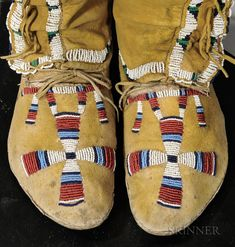 Arapaho Beaded Hide Woman's High-top Moccasins Native American Dress, Native American Moccasins, Native American Crafts, Native American Artifacts, American Indian Art, Native American Beading, Native American Indians, Native Indian, Native Art
