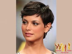 Are you looking for Morena Baccarin hot photos? Here are the best Morena Baccarin Hot Photos, Pictures and Images collection of all time. Curly Pixie Hairstyles, Short Pixie Haircuts, Cute Hairstyles For Short Hair, Short Hair Cuts, Curly Hair Styles, Short Wavy, Long Pixie, Braided Hairstyles, Brown Pixie Hair