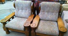 Рустикални кресла с плюшена дамаска