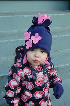 Love this easy fleece hat from Made By Rae's snow blossom hat tutorial!