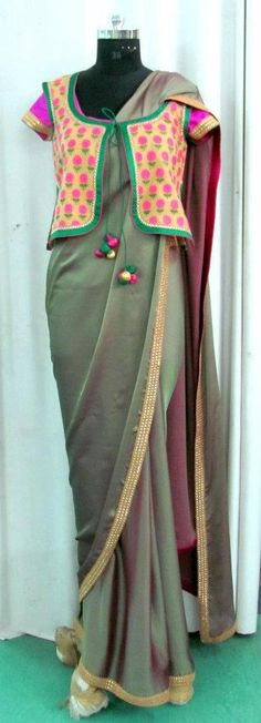 A Divine Tradition Two Toned Georgette saree with Pink silk blouse and Jacket over it. Kurta Patterns, Blouse Patterns, Saree Blouse Designs, Indian Attire, Indian Wear, Pakistani Outfits, Indian Outfits, Beautiful Blouses, Beautiful Outfits